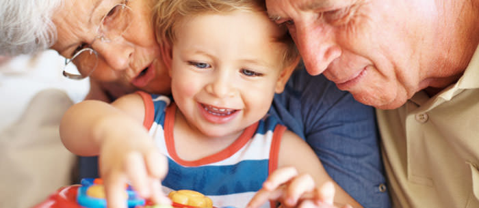 img-article-things-grandparents-can-learn-from-their-grandchildren