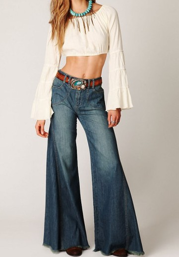 free-people-ivory-bell-sleeve-crop-top-product-5-2532237-668620624_large_flex