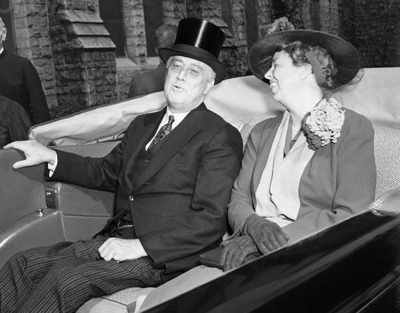 Roosevelts Leaving Easter Service