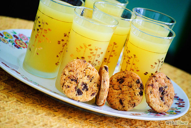 670px-Have-a-Cookies-and-Lemonade-Party-Step-3